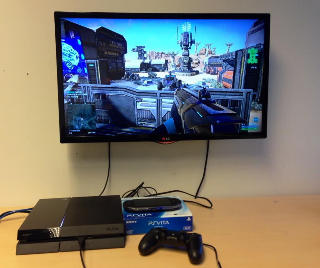 First off-screen photo of PlanetSide 2 on PlayStation 4